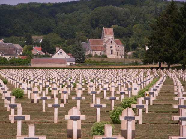 Cementerio Soupir, al pie de la meseta de Chemin des Dames.