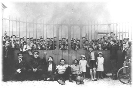 Fábrica ocupada en junio de 1936.